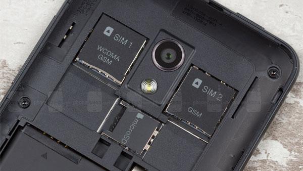 HTC  Desie 700