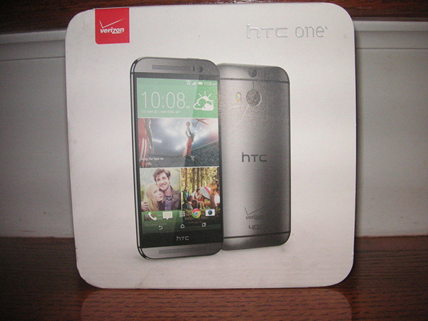 the-new-HTC-One-Verizon-Pack