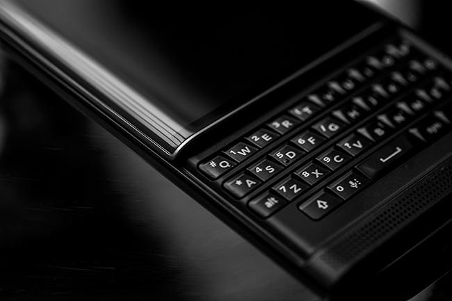 BlackBerry-Priv-QWERTY-Keyboard